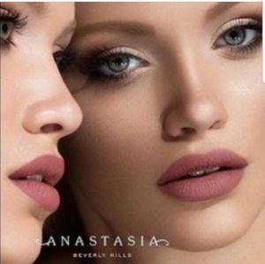 ANASTASIA LIQUID LIPSTICK - Veronica